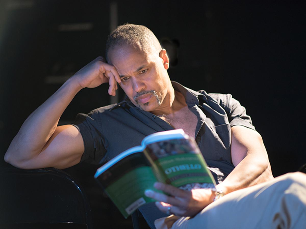 Keith Hamilton Cobb reading Othello