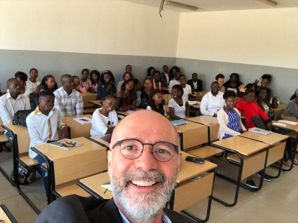 SOC Dean Raul Reis in a clasroom teaching journalism techniques