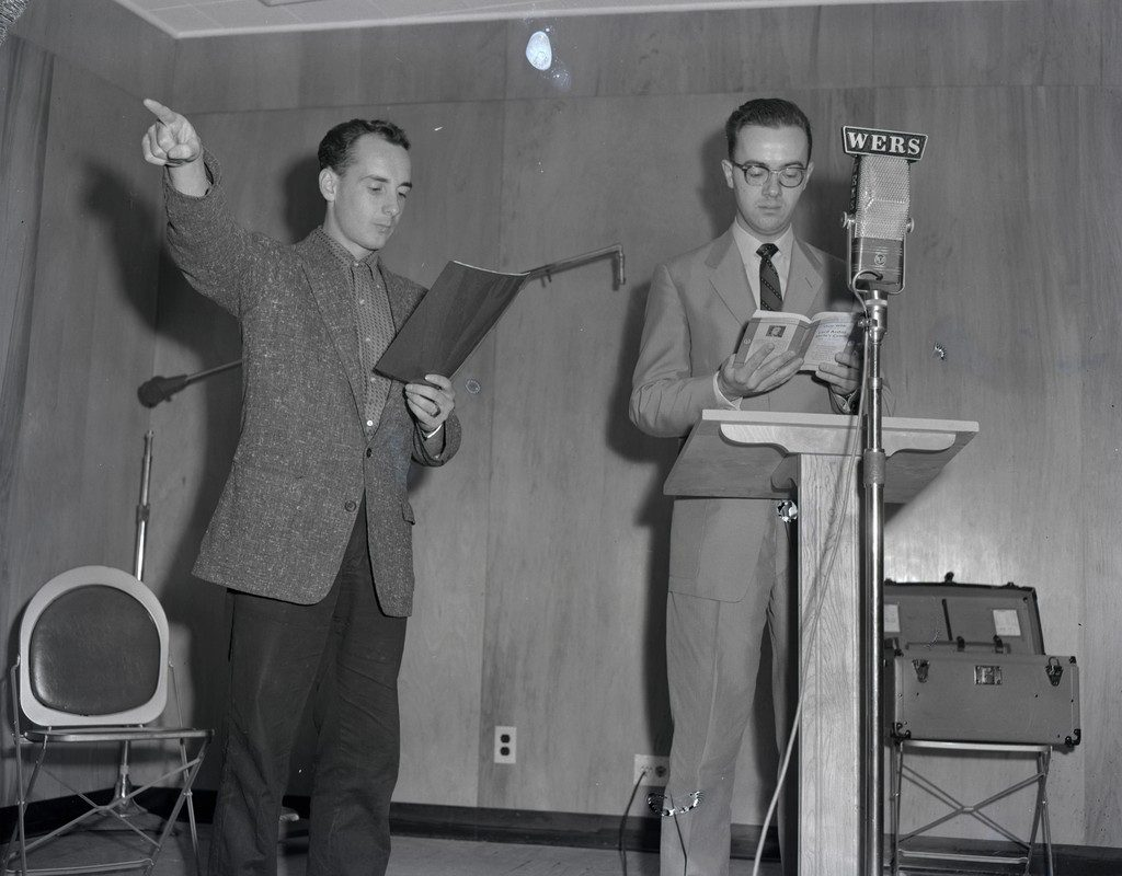Two men in the WERS studio in 1958.