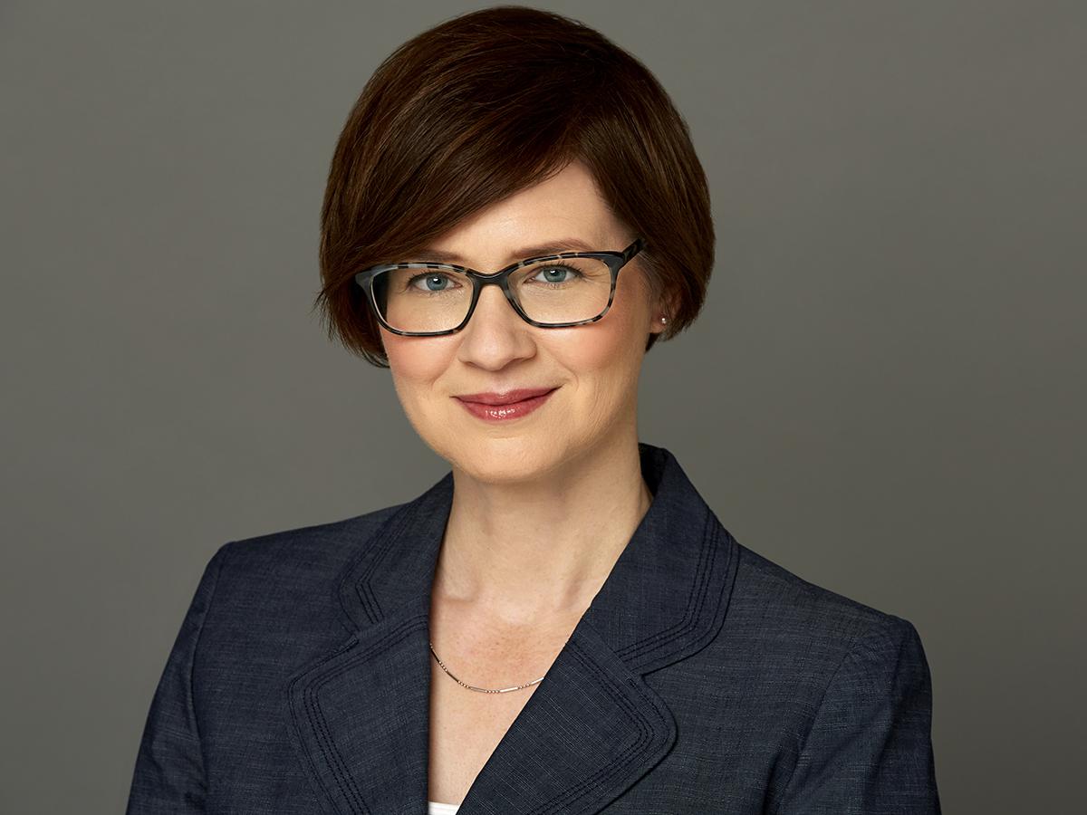 Susanne Althoff headshot