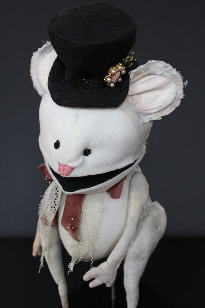 A mouse puppet