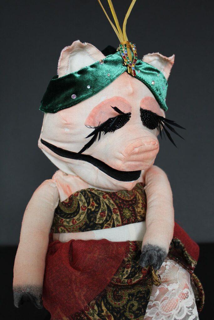 A pig puppet